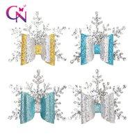 accesorio de pelo de navidad hecho a mano al por mayor-CN Glitter Navidad Pinzas para el cabello para niñas Niños Hecho a mano de doble capa Copo de nieve plateado Horquillas Fiesta Navidad Accesorios para el cabello RRA1944