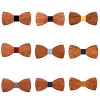 pajarita de madera al por mayor-Creativo Para Hombre De Madera Pajarita Moda Para Hombre de Negocios Mariposa Corbata Clásico Mujeres Kids Party Bowknot Corbatas TTA1239