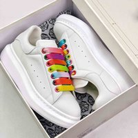Wholesale lime fashion for sale - Group buy Top Platform White Designer Shoes Fashion Original Reflective Leather Best Women Sneakers Black Grey Casual Shoes Sneakers Size