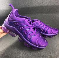 serin beyaz spor ayakkabıları toptan satış-2019 nik TN Artı Erkekler Tasarımcı Eğitmenler Koşu Ayakkabıları Gümüş Üçlü Siyah Beyaz Serin Gri Hiper Menekşe Üzüm Erkekler Spor Sneakers Ile kutu