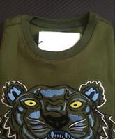 ingrosso maglione verde pullover-Ricamo maglione testa di tigre uomo donna di alta qualità manica lunga O-collo pullover magliette felpate il jumper migliore qualità verde