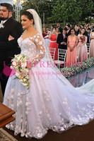 reich tulle ballkleid hochzeitskleid großhandel-2020 romantische Tüll Juwel Ausschnitt Ballkleid Brautkleider mit Spitzenapplikationen Perlen handgefertigten Blumen Brautkleid nach Maß
