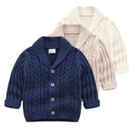 casacos para meninas venda por atacado-INS bebê crianças roupas suéter Cardigan com botões Turn Down Collar camisola Cor Sólida 100% Algodão Boutique menina primavera outono camisola