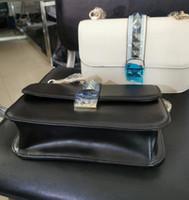 17 deri toptan satış-Moda tasarımcısı marka çanta en kaliteli sevgililer İtalyan Hakiki Deri Çanta Perçin Zincir kadınlar için Omuz çantası (büyük) 27 * 17 * 8 cm k3475