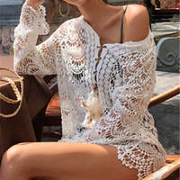weißer spitzenrock häkelarbeit großhandel-Häkeln Sie vertuschen weißen Badeanzug Lace Floral Bademode Frauen Strandkleid für Bikini aushöhlen Tunika Lady Swim langen Rock