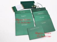 modèles de cartes gratuites achat en gros de-Original correct papiers luxe plus récent sac cadeau vert pour Rolex boîtes livrets montres gratuit personnalisé impression modèle numéro de série carte