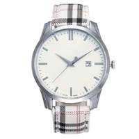 neue marken-luxusuhren großhandel-Berühmte Designer-Art- und Weisefrauen-Marken-Uhr-beiläufiges ledernes Bügel-neues Kleidluxusquarzuhr-runde Uhren De Marca Wristwatch Dropshipping