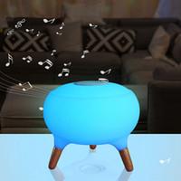 bunte kleine tische großhandel-Bluetooth Lautsprecher Bunte Fernbedienung Kleine Tischlampe LED Nachtlichter Aufladen Smart Home Fashion Lampe