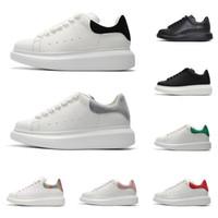 kadınlar için siyah süet ayakkabıları toptan satış-2020 alexander mcqueens erkekler kadınlar için ayakkabı tasarımcısı moda platformu sneakers üçlü siyah beyaz deri süet erkek rahat düz rahat ayakkabı boyutu 36-44