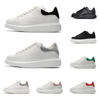 zapatillas de deporte cómodas de los hombres al por mayor-2020 alexander mcqueens zapatos de diseño para hombres, mujeres, zapatillas de plataforma de moda, triple, cuero blanco, negro, ante, hombres, cómodos, planos, casuales, zapatos,
