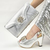 Wholesale matching shoes bag wedding resale online - Italian Ladies Shoes and Bags To Match Set African Party Pumps Ladies Sandals with Heels Wedding Shoes Decorated with Appliques