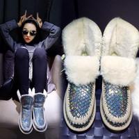 peles de peles de ovelha venda por atacado-Charm2019 Arco-íris Bling Botas Mulheres Sapatos de Pelúcia Tornozelo Botas Mulheres Com Pele de Peles de Neve de Ovelhas de Pele Sapatos Austrália