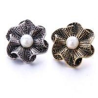 klasik inci düğmeleri toptan satış-10 adet / grup Vintage Gümüş Yapış Takı Inci Çiçek Snap Düğmesi Takı Fit 18mm Snaps Bilezik Kadınlar Için Bilezik DIY Kolye