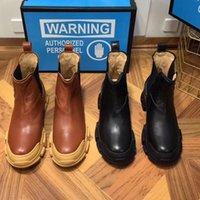 bota curta marrom venda por atacado-Designer Martin botas 100% das mulheres dos homens do couro de luxo sapatos de plataforma botas de couro preguiçosos Moda senhoras botas curtas marrom tamanho grande 42