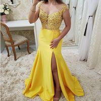 vestido de sirena amarilla raja al por mayor-Sexy Amarillo Escote en V Ranura lateral Vestidos largos de noche 2019 Abalorios elegantes Apliques de encaje Sirena Vestidos de noche Vestidos De Gala