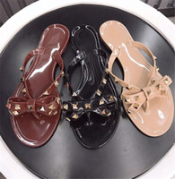 Wholesale flat shoes lady jelly resale online - Women Designer Sandals Rivets Brands Bow Knot Flat Slippers Sandal Studded Girl Shoes Cool Beach Jelly Platform Slides Lady Flip Flops