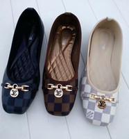 sandálias de sapatos de borracha venda por atacado-2020 Mulheres sapatos lvbrand desenhista calça chinelos tamanho 35-42 MULE Deslize Sandália Fashion Lady Letter Imprimir couro sola de borracha Slipper.