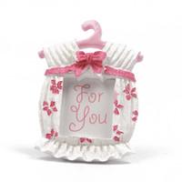 çerçeve iyilikleri toptan satış-Sizin Için gelinlik Reçine Fotoğraf Çerçevesi Beyaz Pembe Bebek Duş Iyilik Yay Çiçek Yatak Odası Ceket Askı Şekli Süs 3 6lyC1