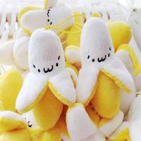 boneca de casamento mini venda por atacado-Casamento bonito Mini Banana Plush Toys Stuffed Dolls Little Banana Plush Dolls Celular pingente de Natal dos miúdos Presente de aniversário