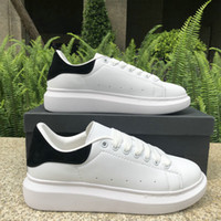 бархатная плоская повседневная обувь оптовых-2019 Luxury Fashion Designer мужчины женская обувь кроссовки кожа бархат черный белый красный плоские туфли на платформе тренеры 5-11