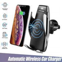 monte sony al por mayor-S5 Abrazadera automática Cargador inalámbrico para coche Soporte para receptor Montaje Sensor inteligente 10W Cargador de carga rápida para iPhone Samsung Teléfonos universales