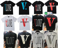 ingrosso grande spia-New Style Classic Vlone T-shirt Uomo Donna Alta qualità Stampa riflettente Big V Pop up Papking Framment Top Tees Nero bianco per l'estate