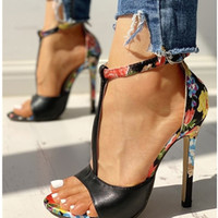Wholesale flower man sexy for sale - Group buy Female Summer New Fashion Sandals Flower decoration high heeled Women s stiletto Fashion sexy women shoes zapatos U23