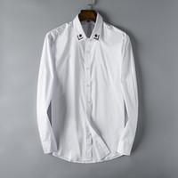 stickerei hülse bluse großhandel-Designer Herrenhemden Mode Lässig Stern Stickerei Schwarz Weiß Geschäftsstelle Hemd Langarm Marke Bluse