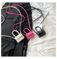 orangenschlinge großhandel-Miins net rot jacquemus Laufsteg Super Mini Tasche Mini Tasche Schulter geschlungene Handtasche Frauen