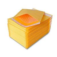 enveloppes d'expédition gratuites achat en gros de-150mmx180mm 180mmx220mm Jaune Kraft Bubble Mailers Enveloppes Rembourrées Sacs D'expédition De Poste Sac D'emballage Pochette Auto-Joint Livraison Gratuite