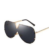 óculos de sol dourados venda por atacado-Retro Piloto Óculos De Sol De Luxo Completa Moldura De Ouro Óculos de Moda Homens Mulheres Sombra Óculos Populares Óculos De Sol Para Praia De Rua