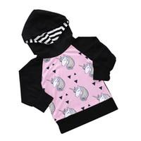 tek boynuzlu baskı hoodie toptan satış-Çocuklar Tişörtü Giysi Tasarımcısı Bebek Hoodies Baskılı Yıldız Unicorn At Analık Pamuk Uzun Kollu Elbise 40