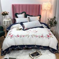 kırmızı çiçek nevresim takımı seti toptan satış-Mavi Kırmızı mor Lüks Pastoral Çiçek Nakış Mısır pamuk Yatak Seti Beyaz Nevresim Çarşaf Çarşaf Yastık yatak seti