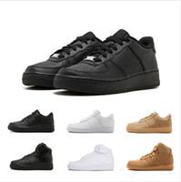 nouvelles arrivées baskets achat en gros de-Nouvelle arrivée un 1 chaussures dunk tout noir blanc hommes femmes sport faire de la planche à roulettes haut bas coupe blé formateurs brun baskets 36-45 avec boîte