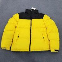 marca parkas mujer al por mayor-Diseñador para hombre de la chaqueta de invierno coat abrigos esquimales Abajo ocasional de las mujeres capa gruesa Calle Carta bordado remiendo de lujo Puffer Escudo B103408L
