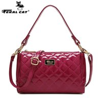 Wholesale free phones china resale online - Made in China PU leather ladies shoulder messenger bag Pillow shaped plaid small square bag Fashion zipper painted open pocket