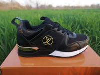 zapatos casuales negros de tacón bajo al por mayor-Louis Vuitton Explosión del Big Kids Fashion antideslizantes coreana Deportes de viento zapatos casuales zapatos de tacón de primavera y otoño hombres de las mujeres Negro Grande