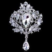 büyük şeffaf elmas taklidi broş pin toptan satış-Ücretsiz Kargo Güzel Büyük Boy Gümüş Altın Renk Kaplama Temizle Kristal Rhinestone Bırak Broş Pin Takı Hediyeler Kadınlar için Düğün Broş
