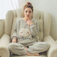 женщины с салон набор пижама оптовых-2017 женская зимняя пижама устанавливает фланель теплый сгущает пижама пижама с животными мультфильм пижамы плюс размер Женская одежда Sleep Lounge