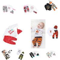 spielanzughemd baby großhandel-30 Arten Hot NEW Baby Weihnachten Hollowen Outfit ROMPER Jungen-Mädchen 3 Stück gesetzte T-Shirt + Pant + Hut Baby Kleidung Sets