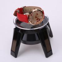 présentoir rotatif à affichage solaire achat en gros de-Présentoir rotatif à énergie solaire 360 degrés de bijoux Présentoir rotatif Turn Table LED Supports de stockage de lumière Noir Blanc