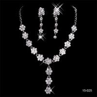 elegante conjunto de joyas para la novia al por mayor-15025 Barato Caliente Nueva Elegante Boda Nupcial Rhinestone Joyería Collar Pendiente Conjunto Joyería de fiesta para Novia de fiesta