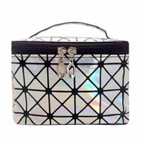 ingrosso scatole di viaggio di trucco-Fashion Laser Make Up Bag Donna Zipper Cosmetic Case Travel Organizer Storage Box Portable Makeup Pouch Kit da toilette Beauty Wash