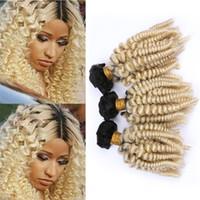 siyah kıvırcık saç toptan satış-Siyah ve Sarışın Ombre Funmi Kıvırcık İnsan Saç Dokuma Paketler 1B / 613 Ombre Romantik Spiral Bukleler Bakire Saç Atkı Uzantıları 300g