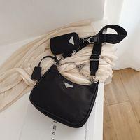 handytasche drop-schiff groihandel-Frau Messenger Bag Neueste Stil Nylon triple Handtaschen beiläufige Marken-Mode-Umhängetaschen für Frauen-Kette Top-Griff Bag Bolsas