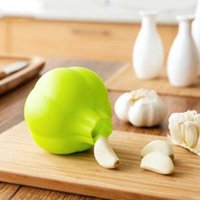 Wholesale home accessories for sale - Creative Rubber Garlic Peeler Garlic Presses Ultra Soft Peeled Garlic Stripping Tool Home Kitchen Accessories WWA120