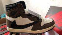 ingrosso scarpe sportive di qualità-2019 Travis Scott x Air Jordan 1 alta OG CD4487-100 1s I calci a calci scarpe da basket uomo scarpe da ginnastica sneakers alta qualità con scatola originale