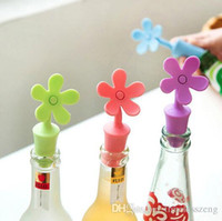 Wholesale food flavor for sale - Group buy Food grade silicone wine stopper eco friendly keep the fresh bottle stopper flower shaped beer flavor bottles wine stopper