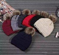etiqueta de sombrero de invierno al por mayor-Sombreros de moda unisex Gorros de piel de punto de invierno Beanie Label Bonnet Cable de lujo Skullies holgados Gorras esquí Ocio Beanie Sombreros al aire libre