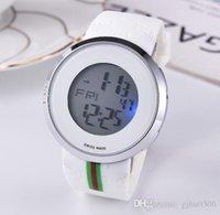 luxus lcd uhren groihandel-Neue Art und Weise beiläufige elektronische Uhr bunte Lichter Luxusuhr Stoppuhr schreibt alle LCD-Displays